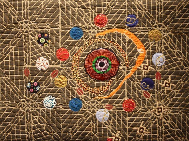Art Textile-Carmen Amezaga-Univers, la porte d'entrée de la vie,