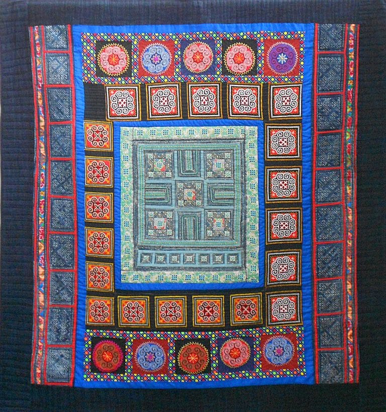 Art textil, Carmen Amézaga, creations-Asie-mosaïque d'ethnies